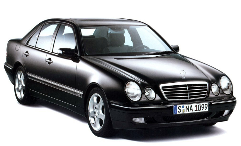w210 Мерседес S-class.png